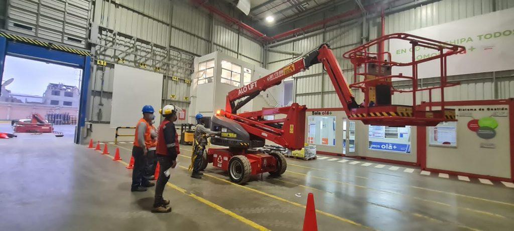 ALO Perú alquiler Brazos Articulados Eléctricos ALO Lift 16 AJ E para Centros de Distribución