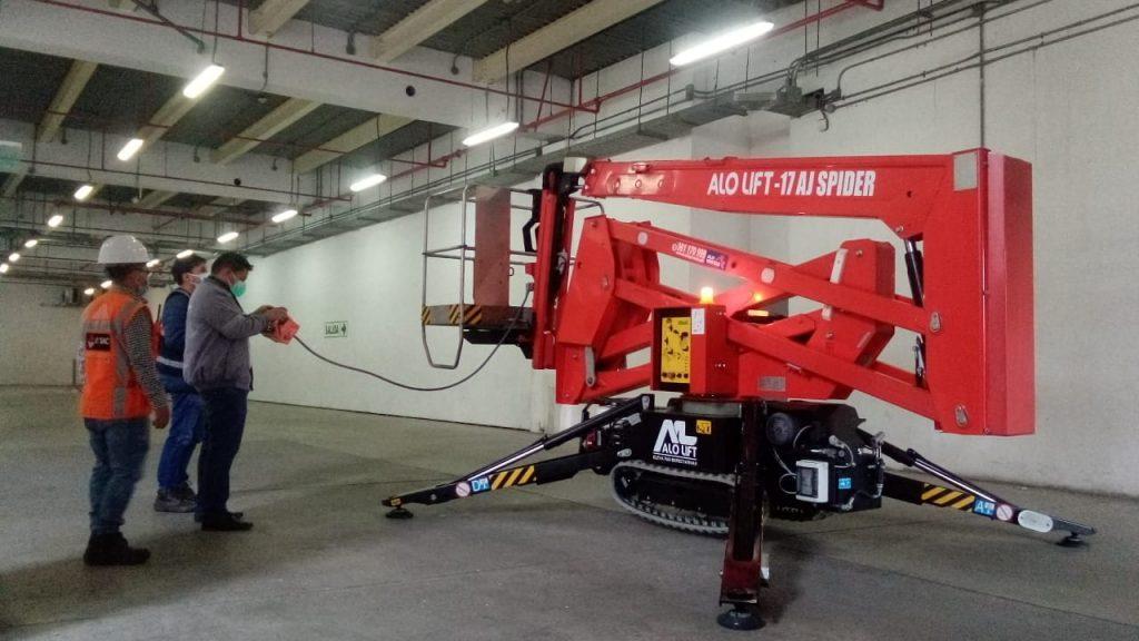 ALO Perú entrega venta de Brazos Articulados ALO Lift 17 AJ Spider a importantes centros comerciales